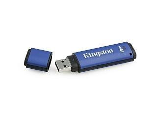 USB flash disk Kingston je odolný vodě až do 1,5 metru.