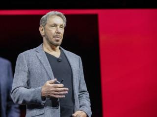 Larry Ellisson, technologický ředitel a předseda představenstva Oraclu