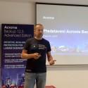 Zdeněk Bínek, ředitel distribuční společnosti Zebra systems, při prezentaci novinky