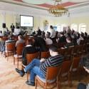 Petr Pavlíček (vepředu) uvádí blok přednášek