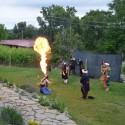 Kejklíři a ohnivá show
