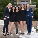 Marketingová manažérka Jana Bobelová (vpravo) a ďalšie dievčatá z Westechu