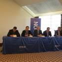 Zleva sedí Marcel Divín, Roman Vejražka, Jason Savage, David Šedina a Karel Grábl