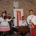 Klikmanům zahrála cimbálová muzika Mládí z Čejče