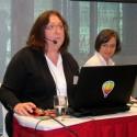 Vlevo Suzanne Smith a vpravo Sylwia Tomolská, obě z Corelu