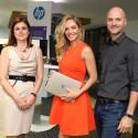 Zleva Erika Lindauerová, generální ředitelka HP,  Taťána Gregor Brzobohatá a Tomáš Kvašňovský, marketing manager HP pro PC